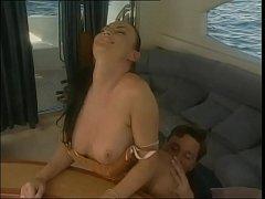 Смотреть секс на катере две бляди 10